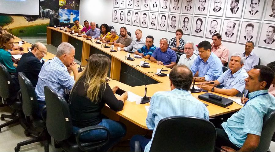Projetos de macrodrenagem para quatro canais de Vila Velha