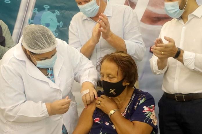 Mais de 21% da população capixaba recebeu a primeira dose da vacina contra a Covid-19